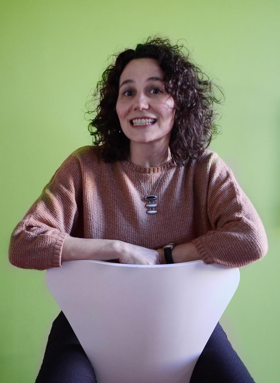 (Español) Laura León